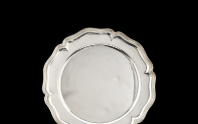 A group of twelve silver uderplates. Titled 800. Silversmith...
