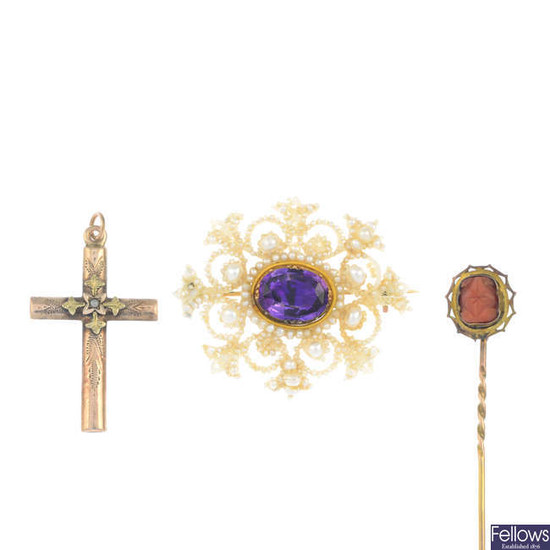 A late Georgian gold amethyst, mother-of-pearl and seed pearl brooch, with two further jewellery items.