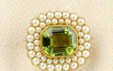 A late Victorian gold, peridot and split pearl