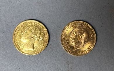 ENGLAND. Two sovereigns, 1x 1931 and 1x 1872....
