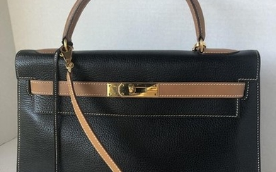 Hermès - Kelly 32 Handbag