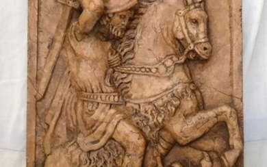 High relief - Great St. George and the Dragon - Altarpiece - 113 x 64 cm - Antique Red Marble - 20th century