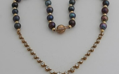 Necklace of pearls and yellow gold, 585/000, with