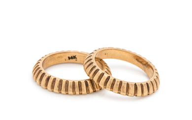PAIR OF YELLOW GOLD RINGS