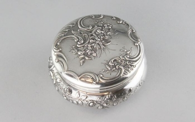 Tea caddy - .950 silver - France - Late 19th century