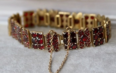 Yellow gold - Antique bracelet - 15.00 ct Bohemian Garnets - Bohemia