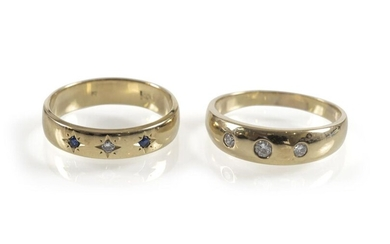 2 BAND RINGS, 585 GG, DIAMONDS. SAPPHIRES, APPROX. 10 GRAMS.