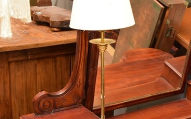 A BRASS TABLE LAMP WITH SHADE