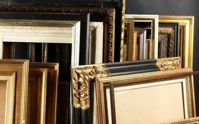A Collection of Twenty Modern Frames. (20).