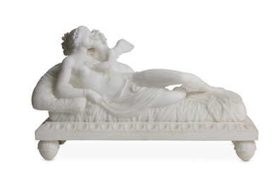 A LATE 19TH CENTURY ITALIAN ALABASTER FIGURAL GROUP OF VENUS AND CUPID IN THE MANNER OF CANOVA