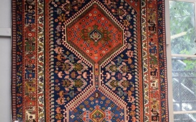 A SUPERB TRIBAL PERSIAN YALLAMEH RUG, 100% WOOL PILE & FOUNDATION. NATURAL DYES. FINELY HAND-KNOTTED TRIBAL WEAVE WITH TRADITIONAL D...