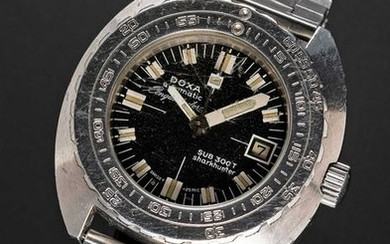 A VERY RARE GENTLEMAN'S STAINLESS STEEL DOXA SUB 300T