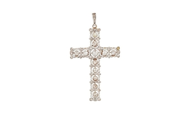 AN ANTIQUE DIAMOND CROSS, with old cut diamonds of approx. 2...