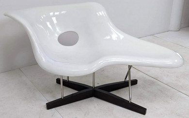Charles Eames Style Chaise Lounge Chair. La Chaise. Whi