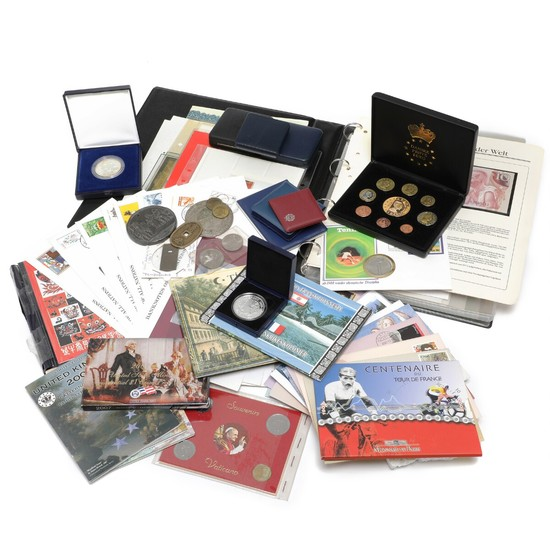 Collection of coin and banknote letters from all over the world, various coin sets and medals, etc.