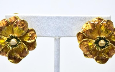 NS Pair Vintage Erwin Pearl Floral Clip On Earring