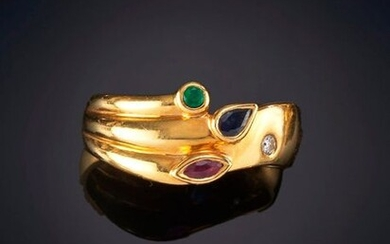 RING OF GLITTER, SAPPHIRE, EMERALD AND RUBY. Mounting in 19k yellow gold. Punched piece. Exit: 120,00 Euros. (19.966 Ptas.)