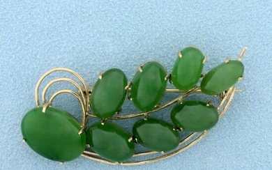 Vintage Jade Pin in 14K Yellow Gold
