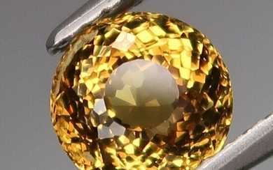 1.37 ct. Natural Yellow Malaya Garnet - AFRICA