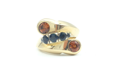 14 kt. Gold - Yellow Gold Cocktail Ring Sapphire