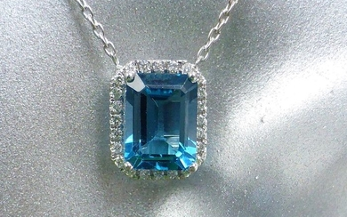 14 kt. White gold - Necklace with pendant - 2.12 ct Topaz - Diamonds