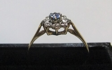 9ct yellow gold, white & blue sapphire cluster ring Approx...