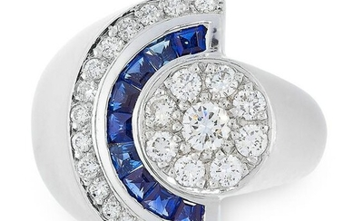 A DIAMOND AND SAPPHIRE RING in 18ct white gold, the