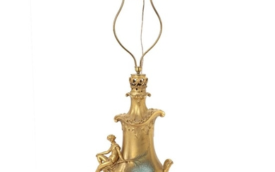 A French late 19th century Belle Epoque gilt bronze lamp. H. 55/90 cm.