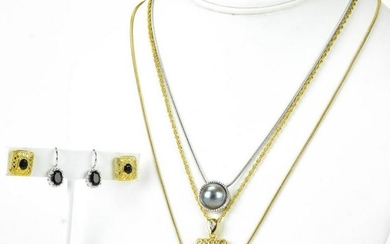 Group of Costume Jewelry Necklaces & Earrings