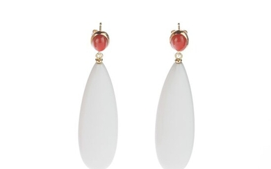 Intini Jewels - 18 kt. Gold, Yellow gold - Earrings - 58.00 ct White Agate - Coral