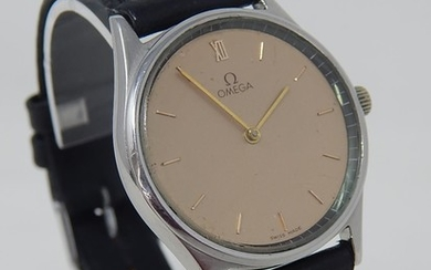OMEGA: Gentleman's Wristwatch with Champagne Dial with Roman...