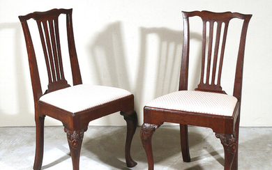 PAIR ENGLISH/AMERICAN QUEEN ANNE SIDE CHAIRS