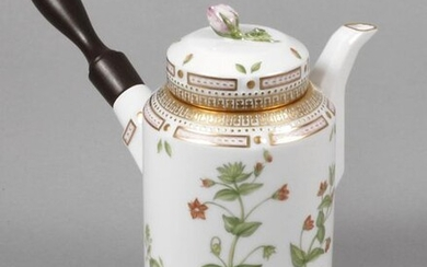 "Royal Copenhagen chocolate pot ""Flora Danica"""