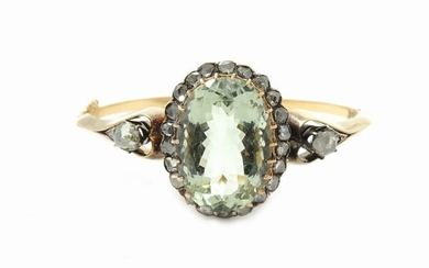 Yellow gold and silver bangle with diamonds and green quartz