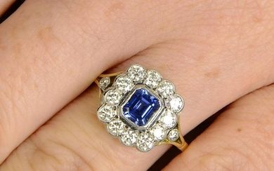 A sapphire and diamond cluster ring.Sapphire calculated
