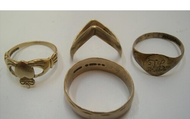 4 9ct yellow gold rings, approx 9.9 grams