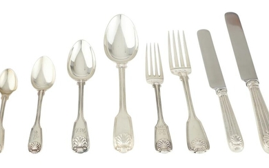 A STERLING SILVER FIDDLE THREAD AND SHELL FLATWARE SERVICE, A SETTING FOR EIGHT