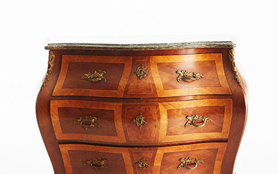 Chest of drawers with stone top rococo style Byrå med stenskiva rokokostil