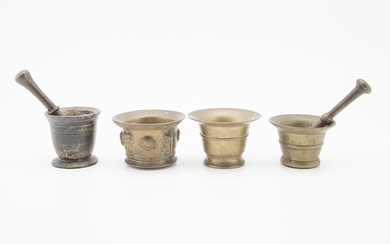 Four Spanish mortars with their pestles in bronze, 17th and 18th centuries.