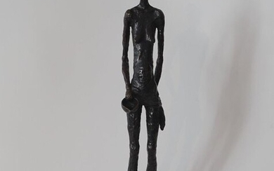 J. Keulers (1924-2019), bronze sculpture on stone base, Woman, with monogram, dated '88, h. 47 cm.
