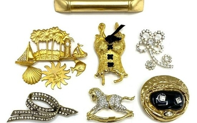 Lot of 7 Designer Costume Jewelry Brooches