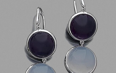 Pair of EAR PENDANTS in white gold (750‰) set with a white-blue chalcedony and an amethyst, cabochons. Swan neck clasps.