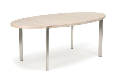 Søren Nissen, Ebbe Gehl: An oval solid oak extension table with two blacklaquered leaves, brushed stainless steel legs. H. 74. L. 200/300. W. 100 cm. (4)