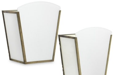 Tyge Hvass: A pair of wall mounted lamps with patinated brass frame. Sides, bottom and front with matte, white opal glass. (2)
