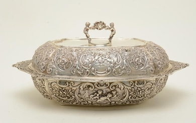 19th/20th Century .800 silver German large covered