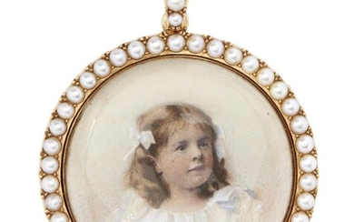 AN ANTIQUE GOLD AND SEED PEARL MINIATURE PORTRAIT PENDANT