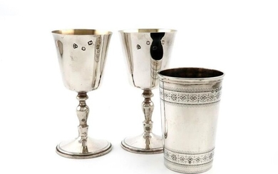 A pair of modern silver goblets, by A...
