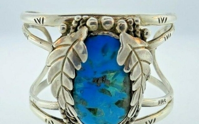 AMERICAN INDIAN Sterling Silver & Turquoise Bangle