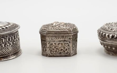 Betelnut accessories (3) - silver and metal alloy - Burma - Late 19th, early 20th