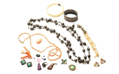 LOT OF JEWELLERY AND CORAL